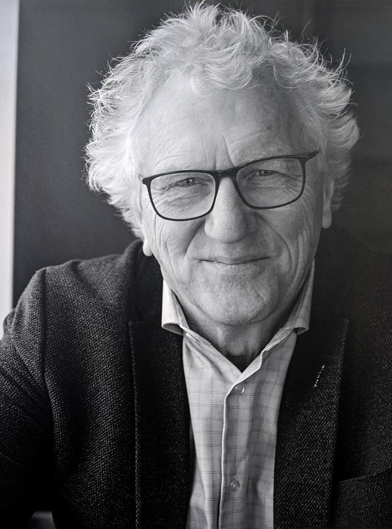 Doctor Don Klassen by Merle Peters